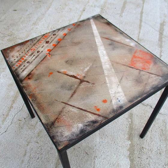 Tavolo Cemento 70×70 (orange)